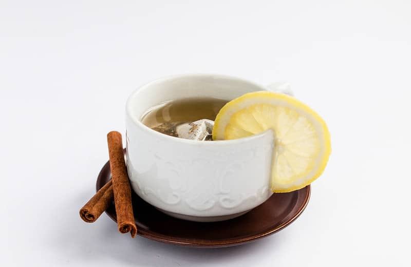 Healthy Fruit Tea with Lemon & Cinnamon by Marco Verch Licenses by Creative Commons 2.0